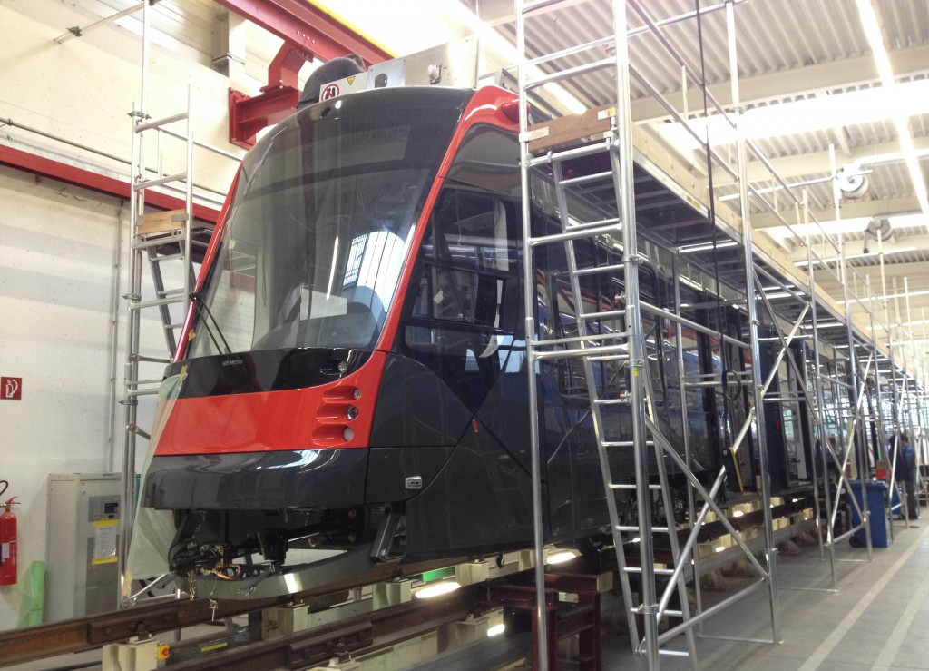 Den Haag bestellt weitere 20 Straßenbahnen / The Hague orders a