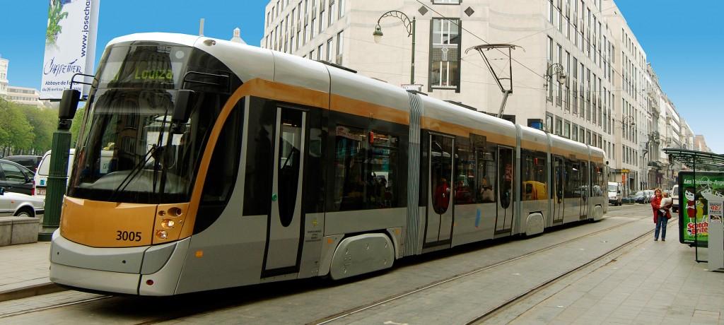 bt-pr-20101028-bombardier_flexity_tram_for_brussels-hr