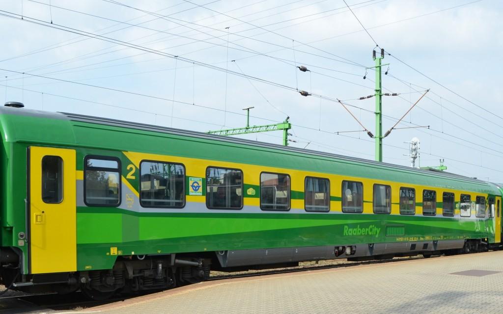 ic-kocsi_atadas_kep_vonat2